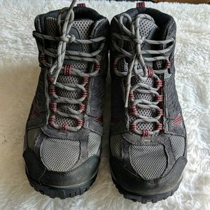 Columbia hiking shoes good shape some wear 9.5
